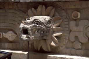 Teotihuacan-FSP_DetailOfSerpentHead